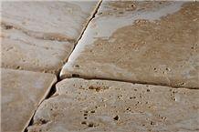 Pantheon Rustico Travertino Romano Tiles