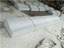 G654 Granite Kerbs/China Grey Granite Kerbstone/Granite Landscape Stone/Kerbstones/China Kerbstone/Building Stone/Road Stone/Padang Dark Granite Kerbstone Stone