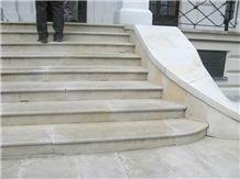 Brenna Sandstone Entrance Stair