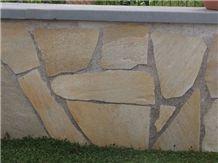 Bargiolina Giallo Quartzite Flagstone Garden Wall