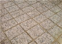Granit Yuzhno Sultayevskiy Walkway, Drive Way Cobble Stone, Red Granite Cube Stone