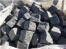 Grey Quintana Granite Cubestone Paving Set