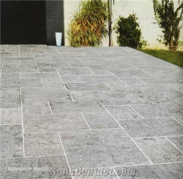 China Blue Stone Tiles Slabs Flooring Outdoor Bluestone Pavers Roman Pattern