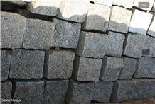 Kurtinskiy Granite Split Cobble Stone