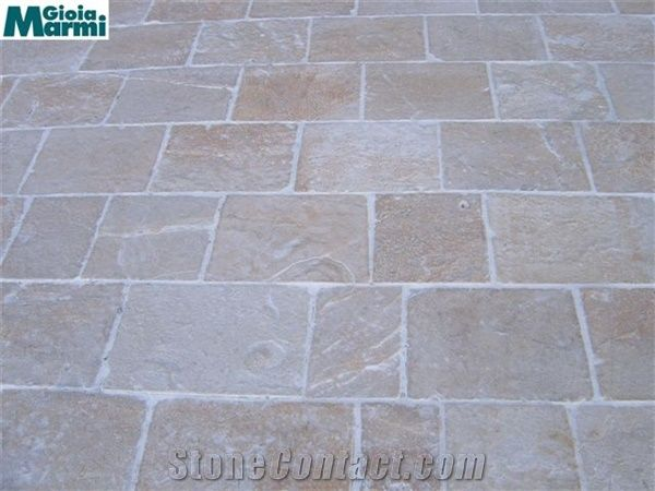 Chianca Albanese Tumbled Pavers from Italy - StoneContact com