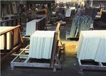 White Quartz Stone Slab & Tiles Engineered Stone