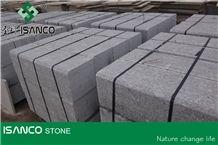 China Cheapest G383 Granite Kerbstone Flamed Grey Granite Curbstone G383 Pearl Flower Granite Light Grey Granite Side Stone Shandong Cheap G383 Granite Road Stone