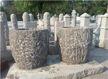 Black Granite Round Shape Pineapple Finish Flower Planter, Natural Split Finish Flower Pot for Garden Decoration