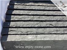 Zhangpu Column for Garden Black Basalt Palisade/Column/All Natural Split Pillars/Garden Decoration Stone