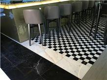 Branco El Rei and Negro Ruivina Floor Pattern