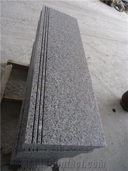 China G603 Light Grey Sesame White Flamed Granite Slabs