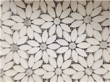 White Marble Stone Mosaic, Greece Crystal White Marble with Italy Carrara Grey Marble Mosaic Tile Design, Flower Design Natural Stone Mosaic on Sales from China Factory