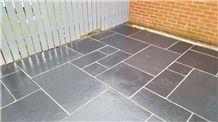 Raj Black Stone Pattern