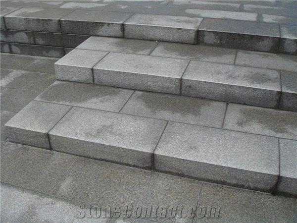 Bohus Gra Tossene Granite Steps Flamed Surface From Sweden Stonecontact Com