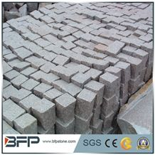China Cheap G623 Bianco Sardo Silver/Mountain Light Grey Granite All Sides Natural Split Cube Stone/Cobblestone/Paving for Patio,Driveway, Walkway, Courtyard Road Pavers, Factory Competitive Price