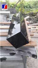 Hainan Black Basalt Kerbstone with Honeycomb,Black Andesitem in Machine Cut, Black Lava Stone,Sawn Cut Stone,Hainan Bluestone,Curbstone,Bevel Edge Curbs,Building Stone