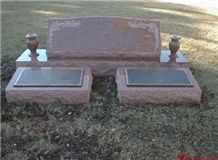 Cheap Price Slant with Double Grass Maker Dakota Red Granitetombstone Design/ Western Style Monuments/ Double Monuments/ Family Monuments/ Cemetery Tombstones