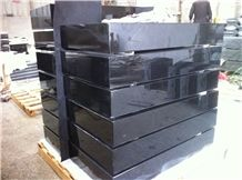 Grass Market Monument, Black Granite Slant Grave