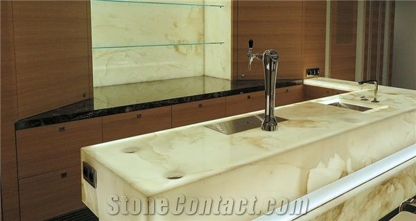 Best Price Solid Surface Translucent Backlit Onice Onyx Bar Top Kitchen Countertop Interiro Furniture Decoration Engineered Stone Manmade Material For