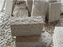 Yellow Granite Cobblestone for Flooring, Nature Cube Paving Stone,Tumbled Cobblestone