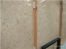 Best Discount Iran Cream Fossil Beige Limestone Tiles Slabs Panel Cuts for Flooring Limestone Wall Covering Shell Limestone French Opus Pattern Gofar