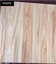 Wooden Grain Porcelain Floor Tiles Light Color