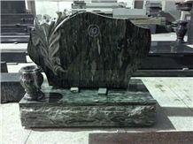 Yunnan Green Granite Beautiful Tombstone/Monument Popular in Canada