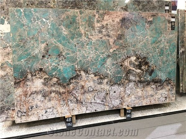 Labdar Ite Granite Slabs From