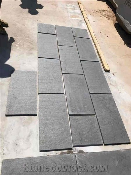Tanzania Black Granite Flamed Tiles - StoneContact com