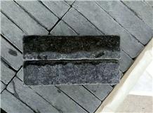 China Dark Blue Limestone Tumbled Tiles in Paving