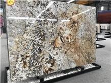 Splendour Gold Granite Slabs for Walling Tile