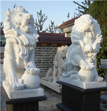 Lion with Pedestal White Marble Garden Sculpture