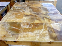 Golden Cloud Onyx Translucent Slabs Machine Cut to Size Wall Floor Tile Gofar