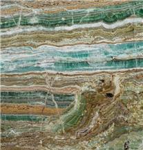 Emerald Metis Amare Traonyx