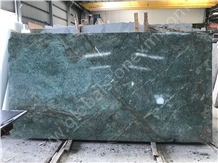 Good Quality Peacock Green Granite Slabs and Tiles