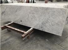 King/Well White Marble Countertops