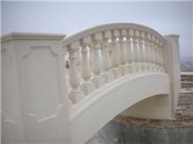 Pietra Leccese Calcare Balustrades