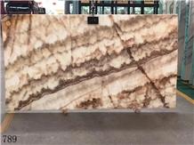 Onice Miele Nuvolato Golden Dragon Onyx Slab Floor