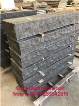China Black Granite Natural Split Kerbstone Paver