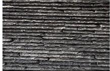 China Black Riven Slate Waterfall Stacked Stone