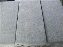 China Black Basalt New G684 Bush Hammered Tiles