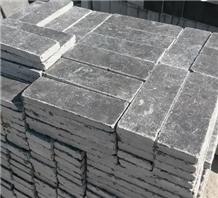 Tumbled Bluestone Cobble Pavers,Cube Limestone,Set