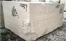 Romano Classico Fosse Beige Travertine Big Blocks