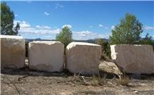 Arenisca Crema Ambar Blocks