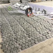 Flamed Black Basalt Cobblestone Paving Mats