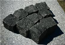 Black-Split Granite Cube Stone