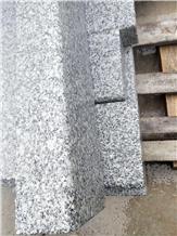 G602 Gray Granite Kerbstone, Bushhammered Palisade