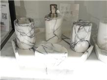 Milas Lilac Marble Bath Accessories
