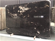 China Marquna Marble Tiles and Slabs