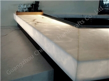Polished Translucent Artificial Onyx Bar Counter